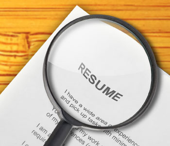 The Right Way To Find Employees Using Resume Check